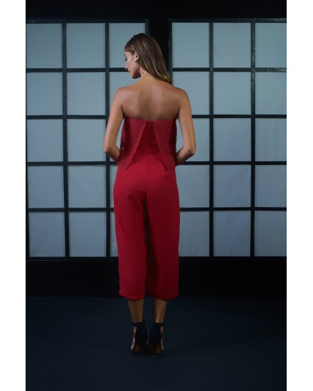 AURORA JUMPSUIT IN LACE RED