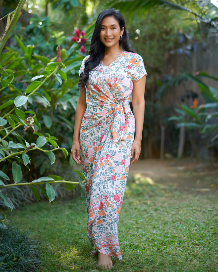 CANAVES DRESS IN FLORAL ROSE BLUE