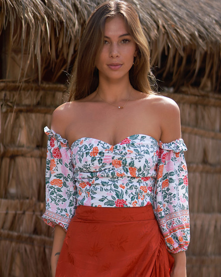 NAZLI TOP IN FLORAL ROSE MANDARIN