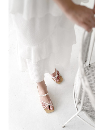 Utopia Sandals In White