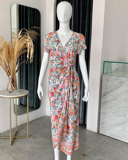 CANAVES DRESS IN FLORAL ROSE MANDARIN