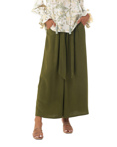 Caro Pants in Olive